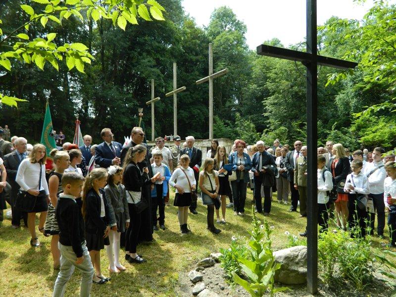 Droga Krzyżowa w Dolinie Krzyży w Krzesimowie