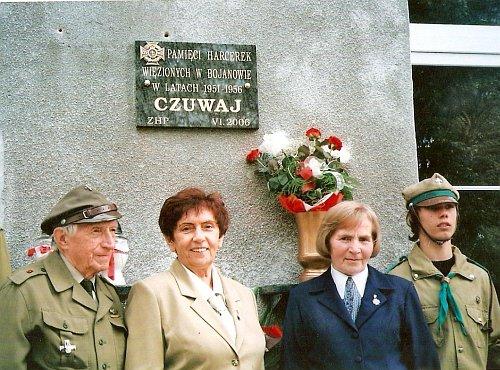 Spotkanie byłych więźniarek i młodych harcerzy w Bojanowie